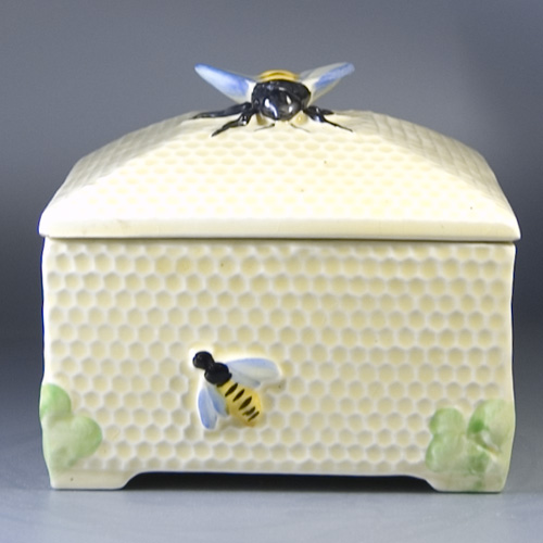 1930s Honeycomb Box by Fieldings Crown Devon - (Sold)